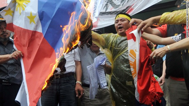 Taiwanese fishermen protest in Taipei on May 13, 2013 against the killing of a local fisherman by Philippine coastguards. (Photo: CNN)