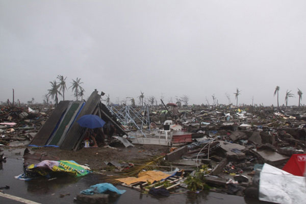 Nearly half a million people have been left homeless by Super Typhoon Haiyan (local name Yolanda), which battered the city of Tacloban in the Philippines. (Photo: WFP/Praveen Agrawal)