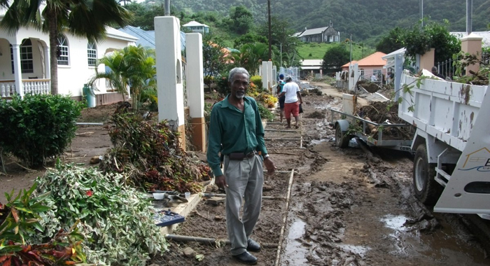 Ivan Oneal Visits Areas Affected By Floods