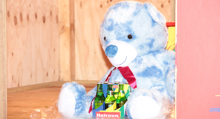 Sheldon Anderson made it to the final round, but won this teddy bear. (IWN photo)
