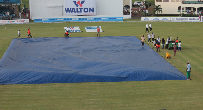 Rain brought an end to the day's plays, with 4 overs of the 90 remaining. (IWN photo)