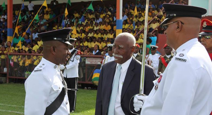 Governor General Sir Frederick Ballantyne chats with Haynes during the Independence Parade. (IWN photo)