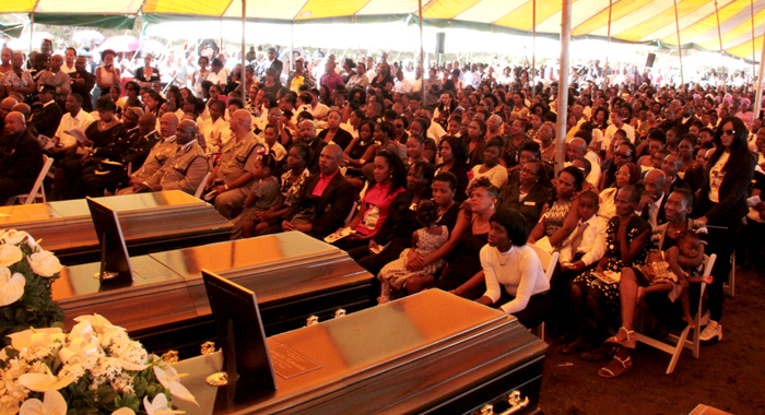 A large crowd attended the funeral. (IWN photo)