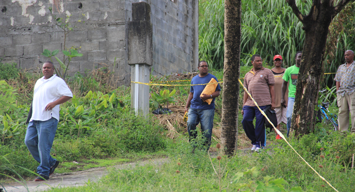 Homicide detectives arrive at the scene in Vermont on Saturday. (IWN photo)