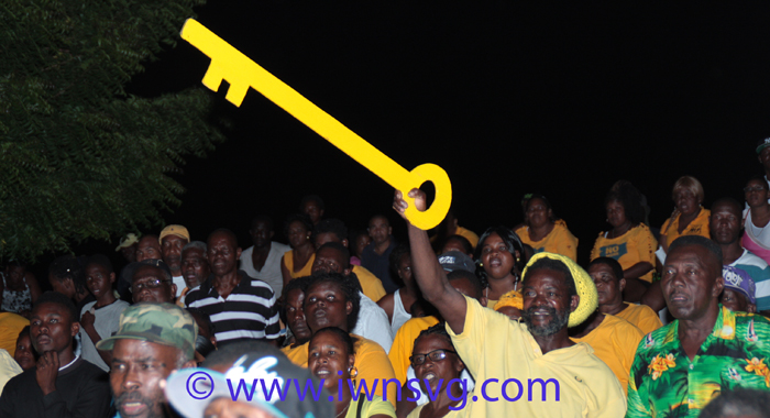 A section of the crowd at the NDP rally in Layou on Saturday. (Photo: Zavique Morris-Chance/IWN)