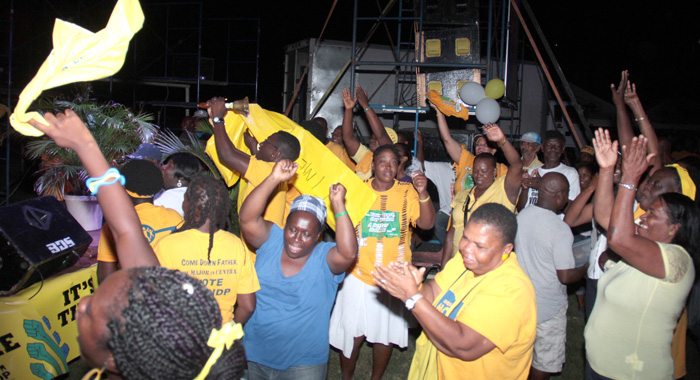 NDP supporters at the rally on Saturday. (IWN photo)