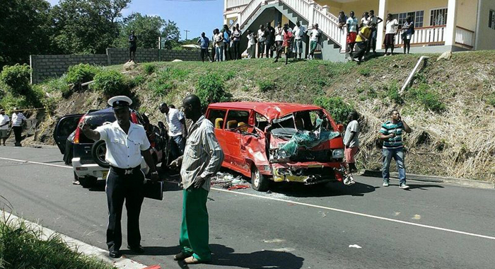 Police and other personnel at the scene of the accident. (Photo: Facebook)