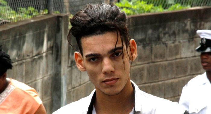 Enrique Charles